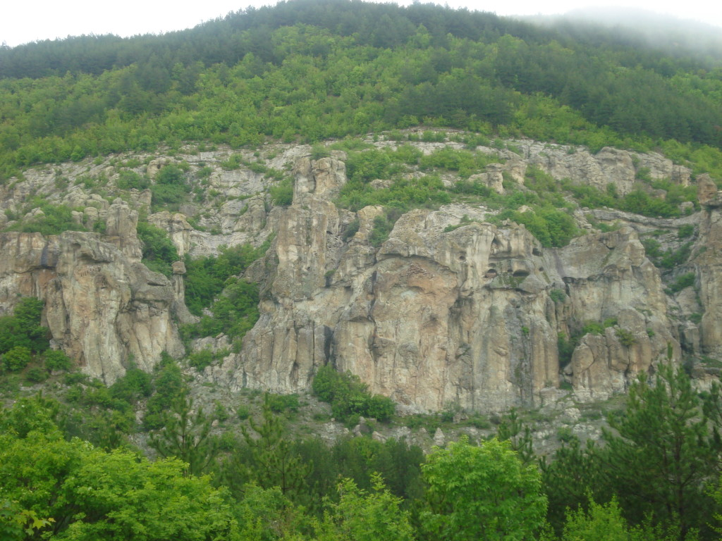 пътеводител източни родопи skalni nishi dazdovnica