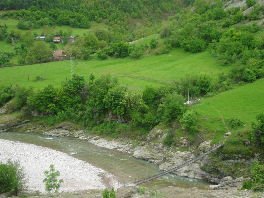 vazen most reka borovica пътеводител източни родопи