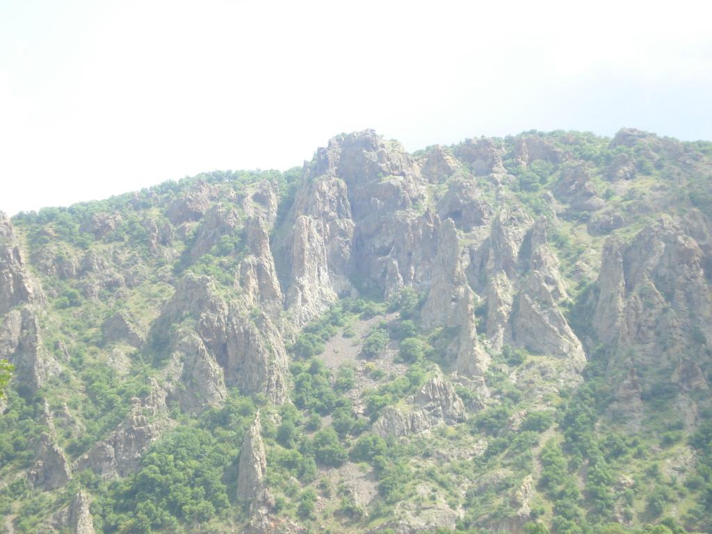 Скалните зъбери при Маджарово пътеводител източни родопи
