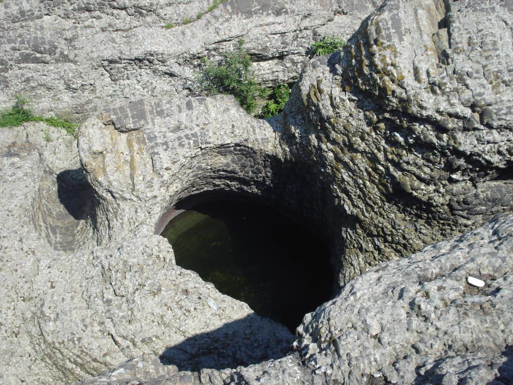 пътеводител източни родопи Абразивни кладенци