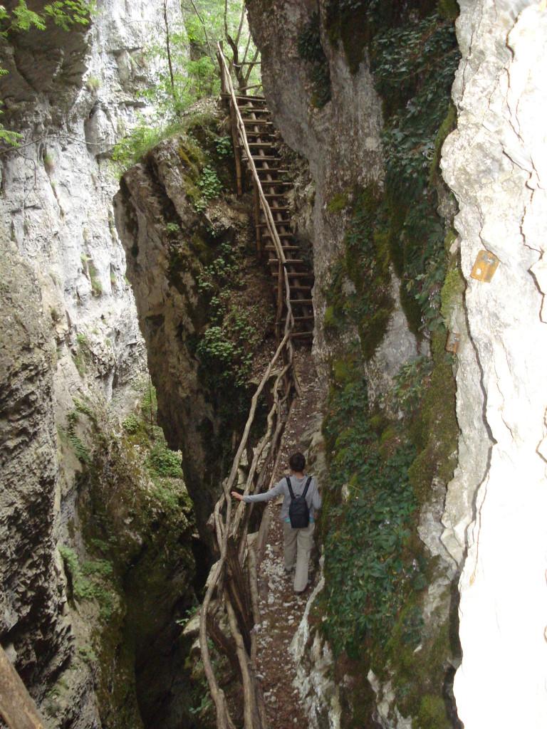 Djavolskia most selo Borino