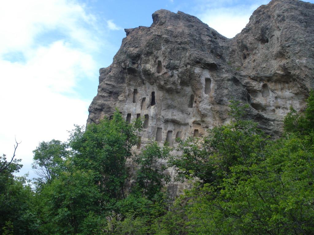 Скални ниши на Доган кая skalni nishi Dogan kaya